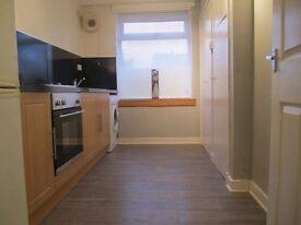 Modern Spacious 2 Bedroom Ground Floor Flat