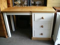 QUALITY DRESSING TABLE/DESK IN PINE