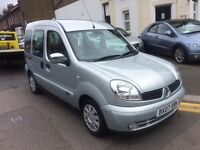 RENAULT KANGOO 1.6 AUTOMATIC VERY LOW MILEAGE DISABLE WHEEL CHAIR ACCESS FULL HISTORY VERY CLEAN