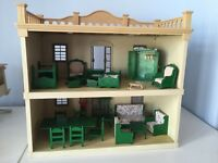 Sylvanian families vintage Manor House and tree house