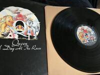 Queen vinyl records lps - excellent condition