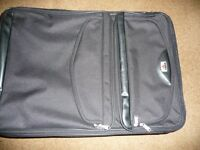 Antler Black 76cm Expandable Case with 2 Spinnin Wheels