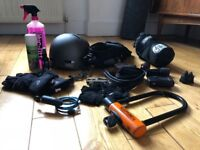 Bundle of bicycle accessories in good condition