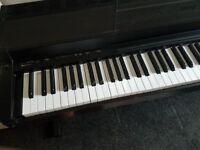 Yamaha CLP-30 electric piano (good condition)