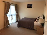 Fantastic Large room to Share in a 4 Bedroom modern house in Barking