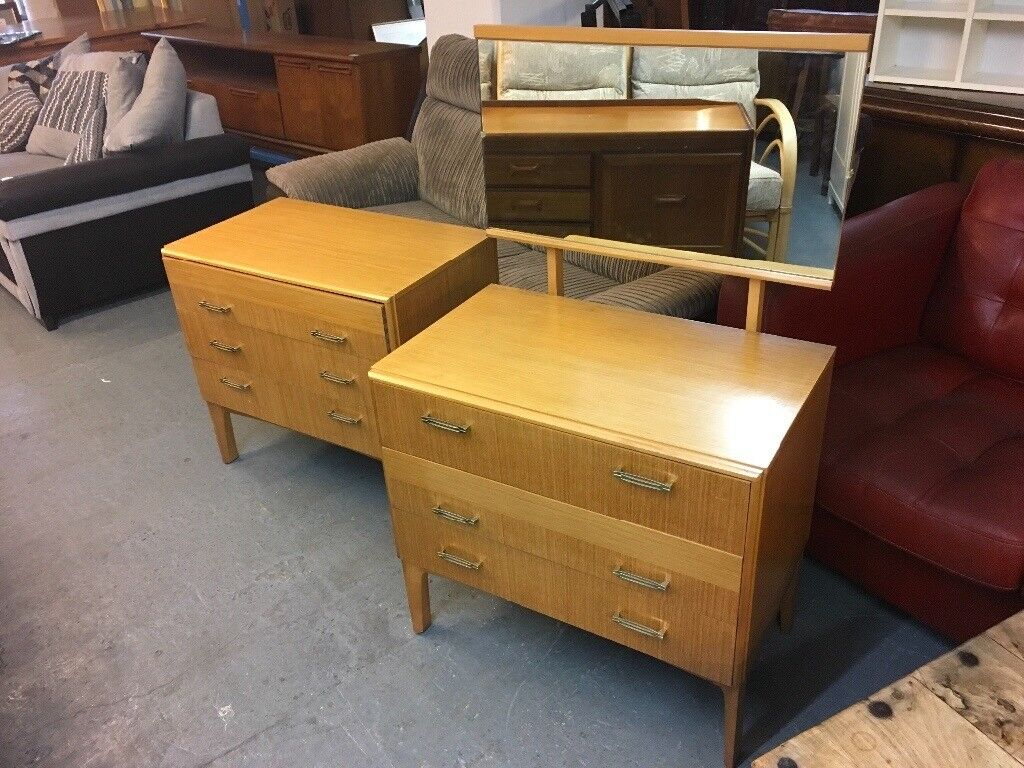 60'DRESSING TABLE WITH MATCHING CHEST OF THREE DRAWERS