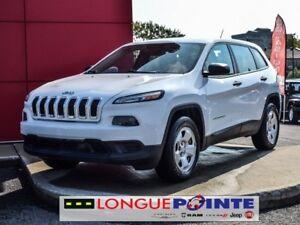 2014 Jeep Cherokee Sport  4X4
