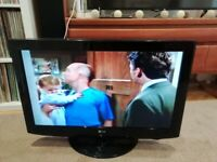 LG 32 inch TV with remote and hdmi