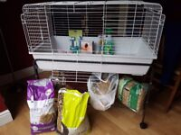 100cm guinea pig cage on wheeled stand plus all accessories you need in nearly new/new condition