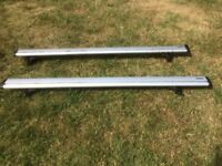 Thule 969 wingbars (roof bars, roof rack) and 753 foot pack