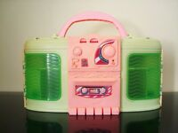 *** 1999 Mattel Barbie Boombox Portable Transformable Dollhouse FM Radio***