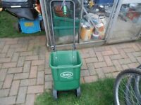 SCOTTS GARDEN LAWN SEED SPREADER
