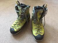 Zamberlan size 10 man mountaineer boots