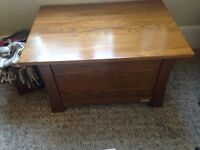 Oak trunk / chest (by mamas and papas)