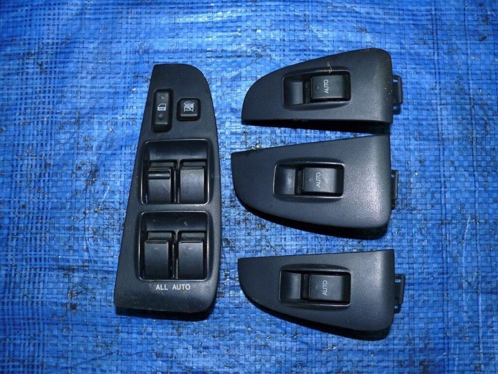 Left hand drive European type window switch consoles Toyota Avensis T25 2003 - 2008 LHD