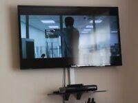 "32"" PANASONIC HD READY TV"