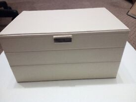 Milky White Faux Leather Stacking Jewellery Box with a free gift_HAS BEEN SOLD