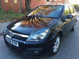 Vauxhall Astra 1.6 i 16v Design Easytronic 5dr LEATHER EXCELLENT CONDITION