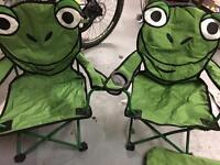 2 kids picnic chairs