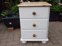 Bedside Cabinet / Chest of Drawers (Item 1) This listing is for 1 chest only.
