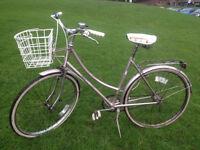 Raleigh Caprice Vintage Ladies bike, 20 inch frame, 3 speeds