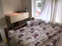GU2 SPARE ROOM CLOSE TO UNI AND TOWN CENTRE
