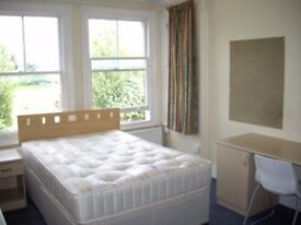 Need a great studio/bedsit 10 minutes walk Reading Town Centre from a private landlord?