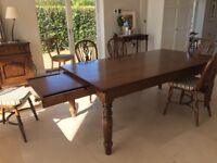 Oak Farmhouse kitchen table in excellent condition includes 6 x wheel back chairs