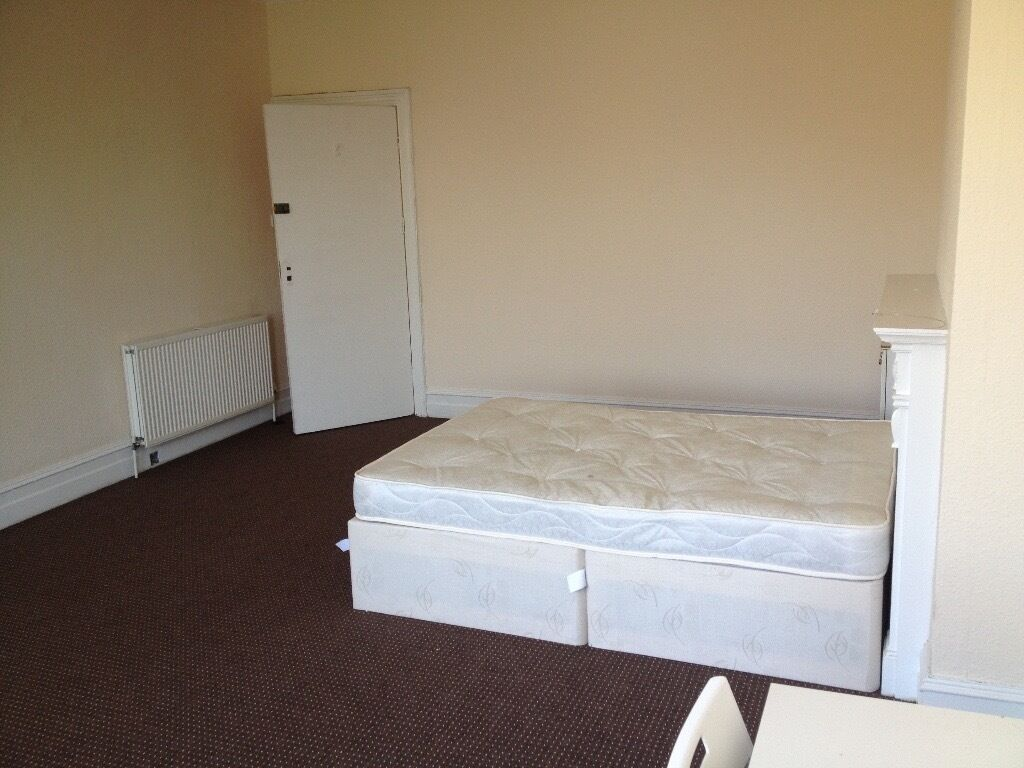 A choice of nice en-suite rooms across Bournemouth and Boscombe