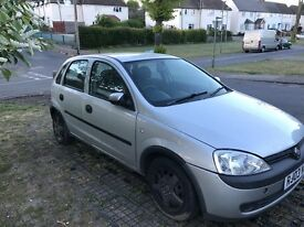 Lovely little Corsa for sale ! (Perfect first car or daily runaround) £600 or near offer!