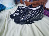 Black wedge shoes with gem stones