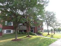 2 Bedroom Condo in Great Complex for Oct 1st