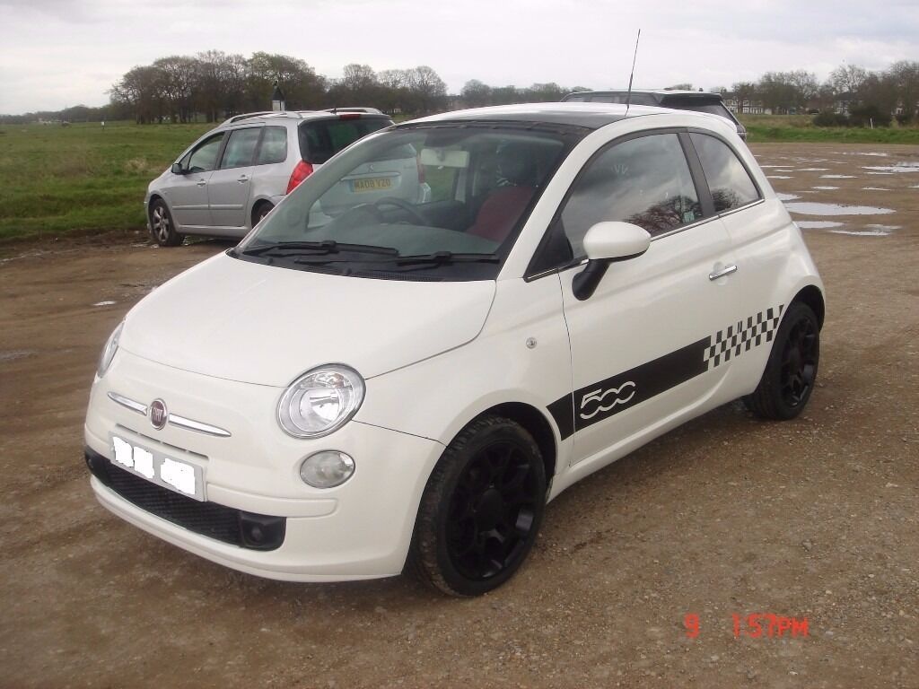 FIAT 500 SPORT MODEL, AUTO WHITE LOW MILEAGE 60REG