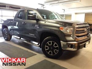 2016 Toyota Tundra SR5 5.7L V8/EXHAUST/1 OWNER LOCAL TRADE!!