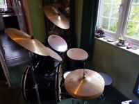 Pearl Forum Drum Kit - Barely Used