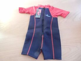 Two Bare Feet Lycra Arm Children's Wetsuit (Black/Red) Wetsuit Size Small - New