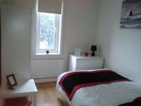 Lovely single room to rent on Tong Road, Leeds LS12 / All bills included with Free WI-FI