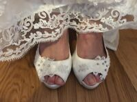 size 7 wedding shoes with lace and diamonds memory foam soles
