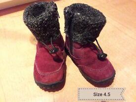 Size 4.5 toddler Kagaroo boots
