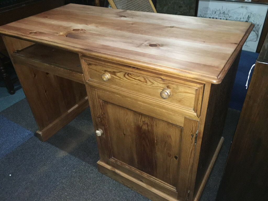 Gorgeous Practical Large Solid Pine Pedestal Writing Desk Work Station Dressing Table