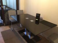 URGENT Black metal & glass dining table