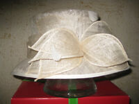 GORGEOUS AND VERY EXPENSIVE HAT, IDEAL FOR A WEDDING OUTFIT