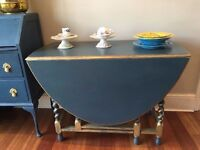 ANTIQUE UNIQUE BLUE AND GOLD FOLDING OVAL TABLE !!!