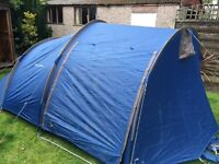 4 man tent, easy to assemble!!