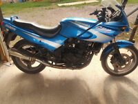 GPZ500s Barn find. Runs and rides NO MOT need a few little jobs and a rear tyre