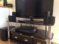 """32"""" Samsung TV+DVD Player+Speakers+Booster+TV Table in wonderful deal all for £100"""