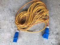 Caravan Hook Electric Hook Up Lead