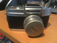 Wrayflex vintage camera 1 of only 1600 made in 1951. (not working)