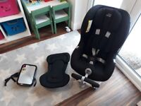 Britax MAX FIX 2 ISOFIX extended rear facing extra safe car seat. Very clean and still in warrantee.