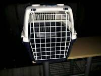 Dog/cat carrier box